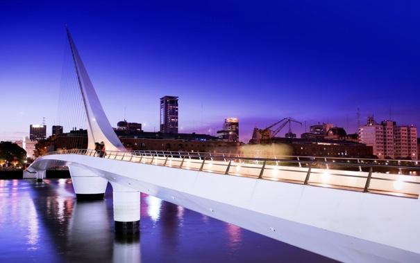 Фото обои вода, ночь, мост, огни, река, люди, дома