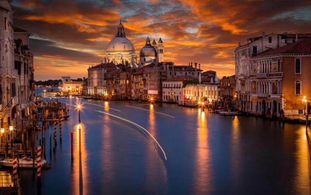 Фото обои свет, ночь, город, огни, дома, вечер, подсветка