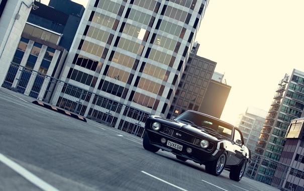 Фото обои город, чёрный, Chevrolet, Camaro, шевроле, мускул кар, black