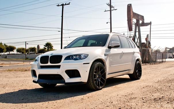 Фото обои песок, белый, bmw, бмв, тень, white, wheels