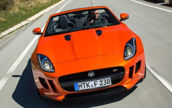 Фото обои оранжевый, фары, скорость, Jaguar, передок, F-Type, V8 S