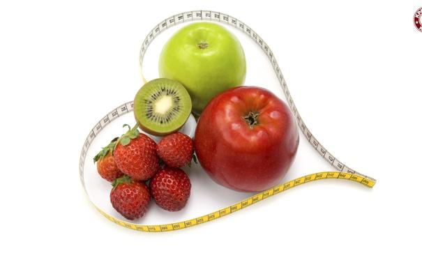 Фото обои ягоды, сердце, фрукты