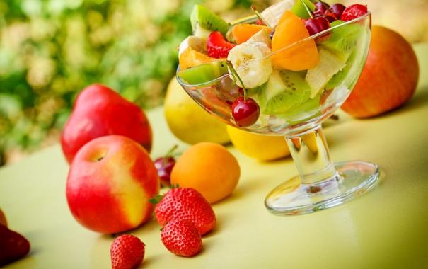 Фото обои вишня, ягоды, яблоко, апельсин, киви, клубника, груша