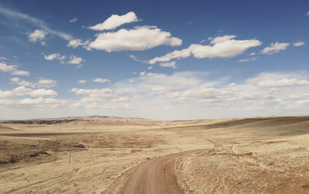 Фото обои road, sky, desert, clouds, hills, sunny