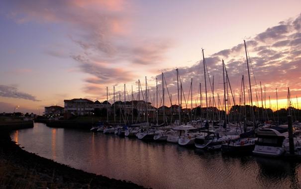 Фото обои вода, закат, лодки