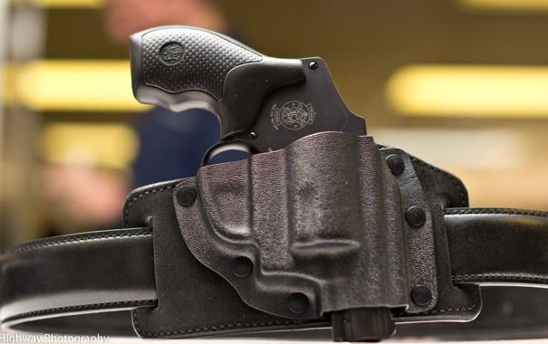 Фото обои оружие, фон, револвер, S&W