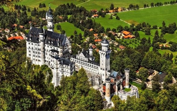 Фото обои деревья, замок, башня, долина, бавария, германия, Нойшванштайн
