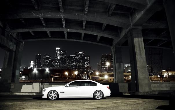 Фото обои белый, ночь, мост, город, бмв, BMW, white