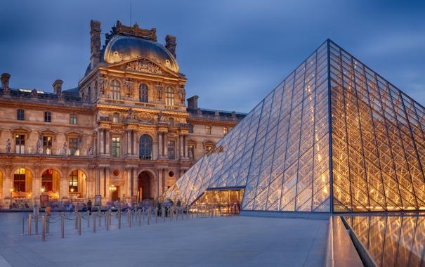 Фото обои город, Франция, Париж, вечер, Лувр, пирамида, Paris