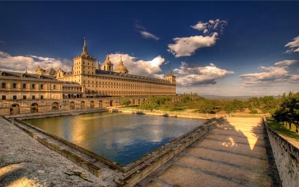 Фото обои небеса, здание, дворец