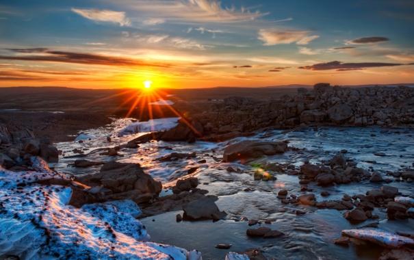 Фото обои закат, камни, небо, солнце, лучи света, облака, рассвет