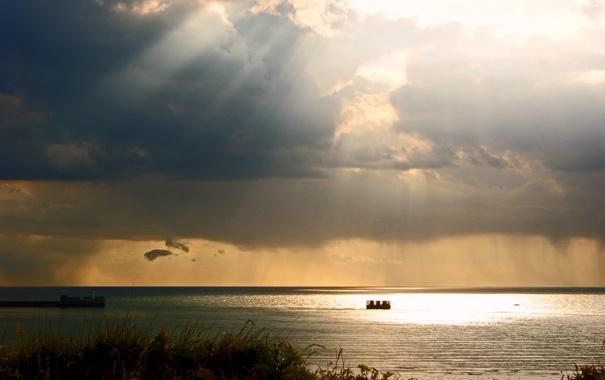 Фото обои море, небо, облака, свет, тучи, блики, игра