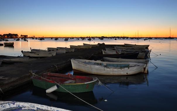 Фото обои пейзаж, закат, озеро, лодки