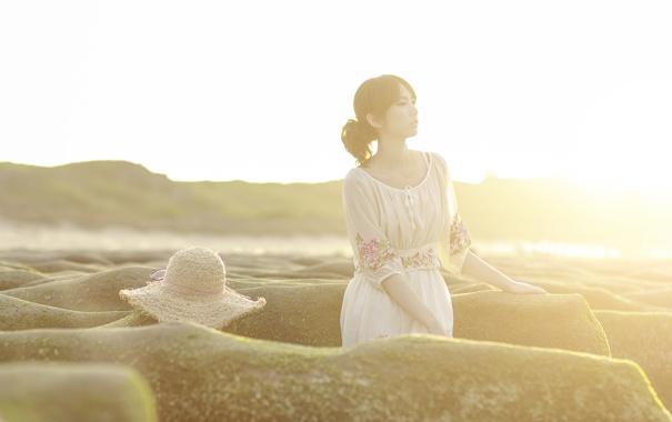 Фото обои девушка, свет, азиатка, взгляд, лето