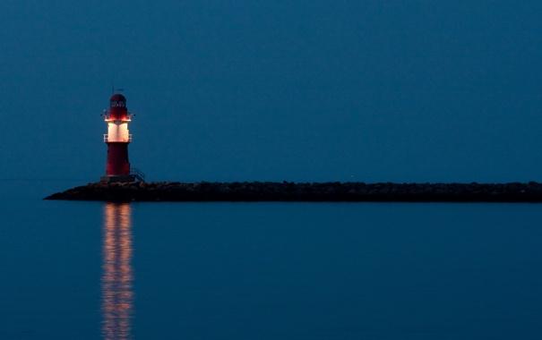 Фото обои море, свет, берег, маяк, вечер, мыс