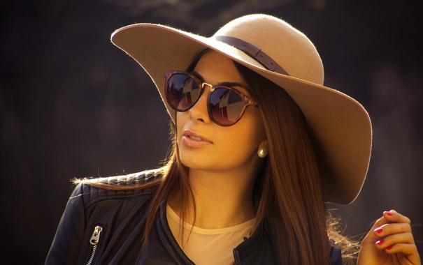 Фото обои лицо, очки, куртка, девушка, шляпа, стиль