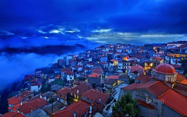 Фото обои небо, облака, ночь, дома, Греция, крыши, Arachova