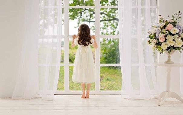 Фото обои белый, лето, цветы, мир, букет, платье, тайна