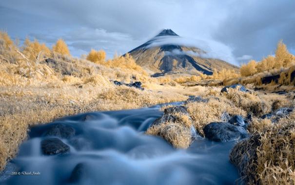 Фото обои природа, облака, река, деревья, гора
