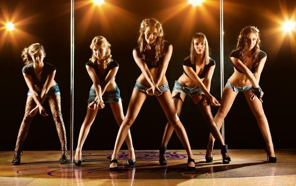 Фото обои девушки, танец, группа, освещение, sexy, young, modern