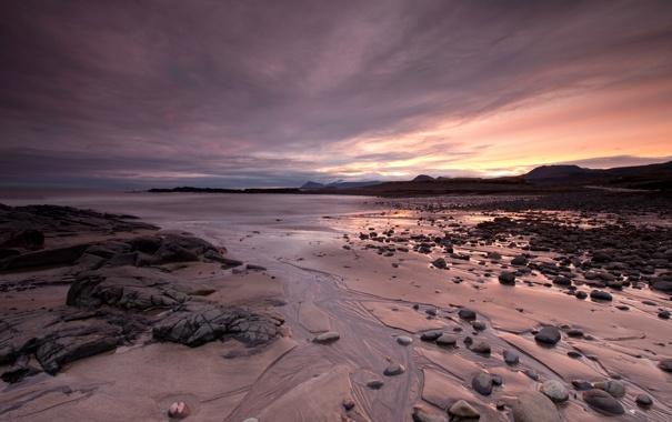 Фото обои песок, пляж, камни, океан, рассвет