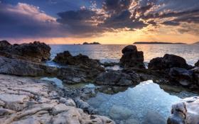 Обои море, облака, закат, камни, побережье