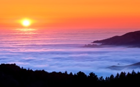 Обои природа, горы, вечер, туман, море