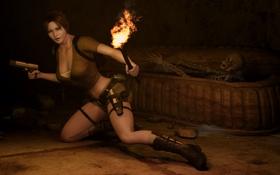 Картинка девушка, пистолет, темно, факел, шортики, гроб, lara croft