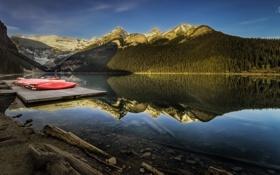 Картинка лес, горы, озеро, отражение, пристань, канада, каное