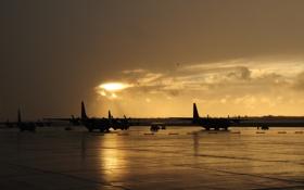 Обои закат, Нью-Йорк, вечер, аэродром, самолёты, военно-транспортные