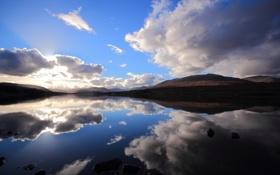 Обои облака, озеро, отражение, холмы