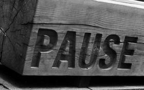 Обои надпись, фон, Pause