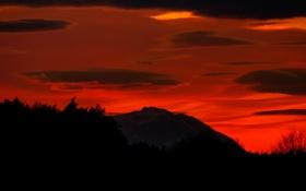Картинка небо, облака, пейзаж, ночь, гора, горизонт