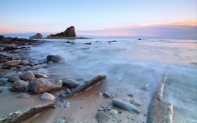 Обои море, небо, облака, закат, скала, камни