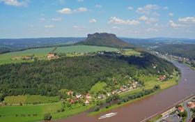 Обои небо, река, поля, корабль, гора, дома, Германия