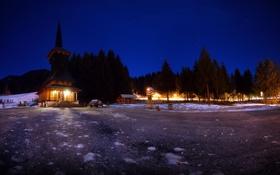 Обои лес, небо, звезды, снег, ночь, огни, Церковь