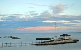 Картинка море, вода, облака, закат, пристань, яхта, причал