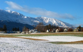 Обои зима, деревья, горы, посёлок, winter