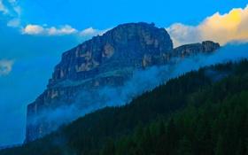 Картинка небо, облака, деревья, скала, гора