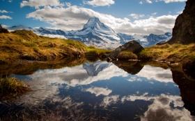 Обои ледник, облака, небо, вода, озеро, горы, отражение