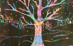 Обои зима, ночь, дерево, дома, радуга, деревня
