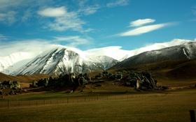 Картинка поле, небо, горы, скалы, простор, landscape