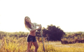 Картинка девушка, шорты, фотограф, girl, photography, photographer, палка
