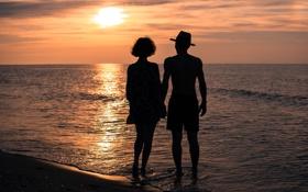 Обои море, лето, небо, девушка, солнце, любовь, закат