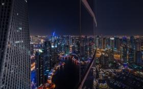 Картинка ночь, город, отражение, небоскреб, окно, Дубаи