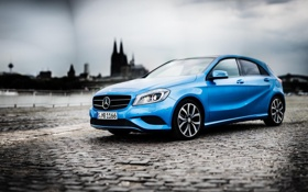 Картинка город, mercedes, мерседес, benz, blue, a-class