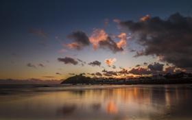 Картинка пляж, закат, город, океан, Criccieth Beach