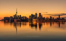 Картинка город, огни, океан, небоскребы, вечер