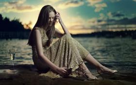 Картинка девушка, закат, настроение, бокал