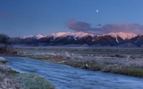 Обои небо, трава, снег, горы, природа, ручей, вечер